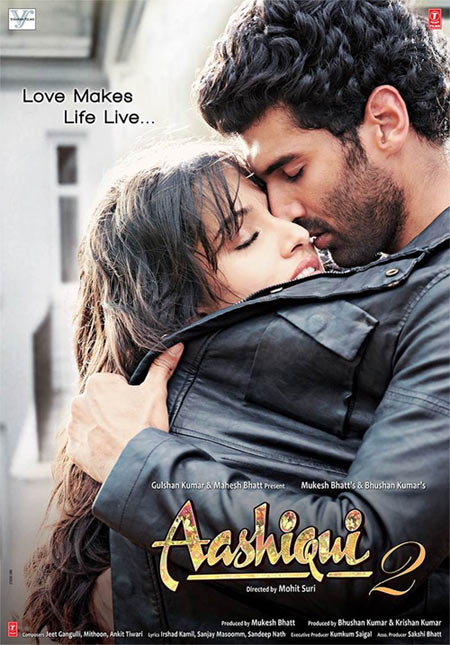 Shraddha Kapoor and Aditya Roy Kapur in Aashiqui 2