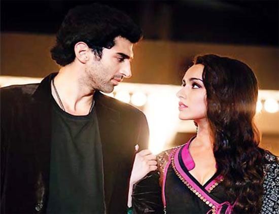 Aditya Roy Kapur and Shraddha Kapoor in Aashiqui-2