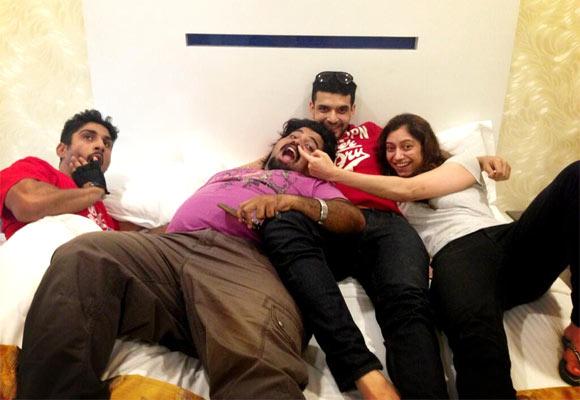 Prateik Babbar and Karan Kundra with their co-stars of Rum Pum Posshh