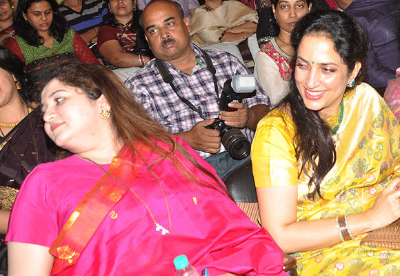 Krishna Mangeshkar, Rashmi Thackeray