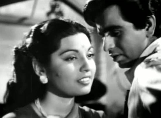 Munnawar Sultana and Dilip Kumar in Babul