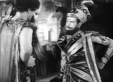 Prithviraj Kapoor and Sohrab Modi in Sikander