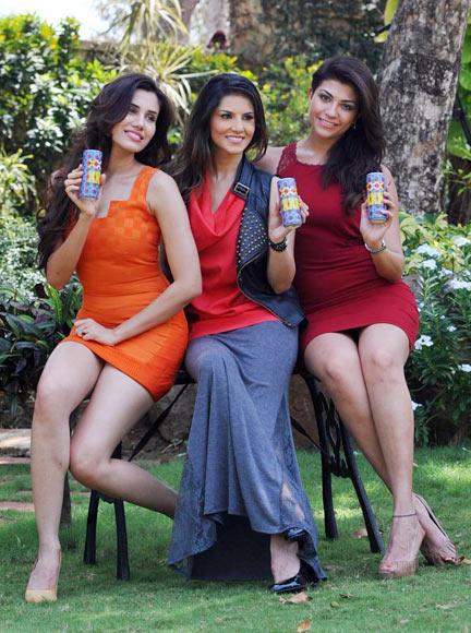 Archana Vijayan, Sunyn Leone and Sonali Sehgal