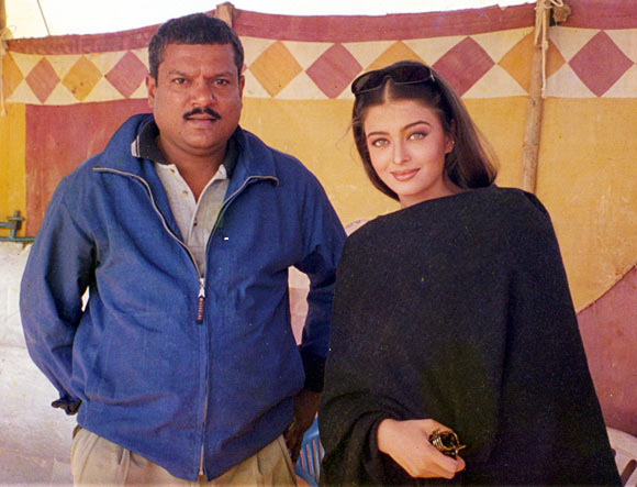 Purshottam Shetty with Aishwarya on the sets of Dhai Akshar Prem Ke