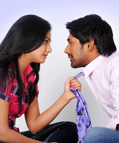 Varun Sandesh and Haripriya in Abbayi Class, Ammyai Mass