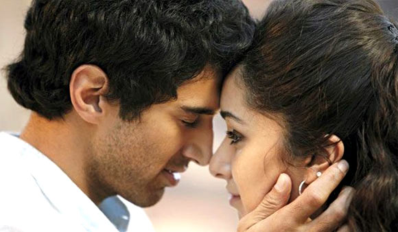 Aditya Roy Kapur and Shraddha Kapoor in Aashiqui 2