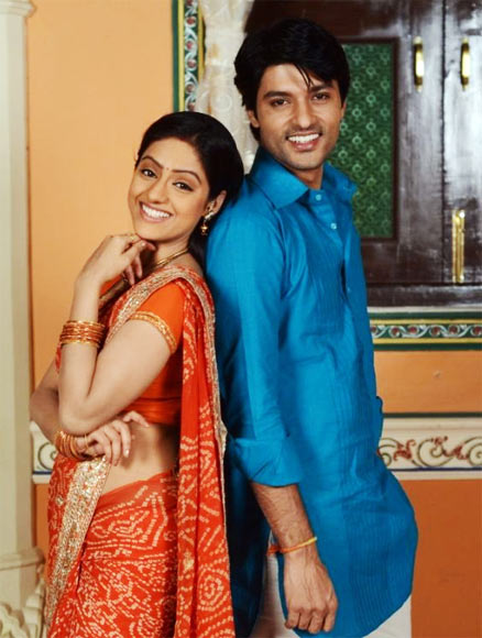 Deepika Singh as Sandhya and Anas Rashid as Sooraj in Diya Aur Baati Hum