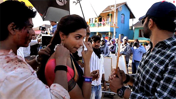 Shah Rukh Khan, Deepika Padukone and Rohit Shetty and on the sets of Chennai Express