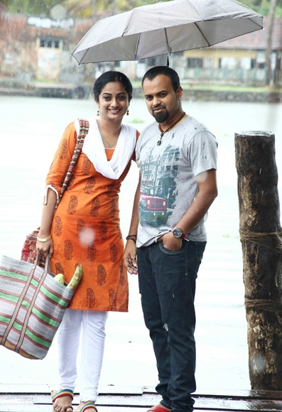 Kunchacko Boban and Namitha Pramod in Pullippulikalum Aattinkuttiyum