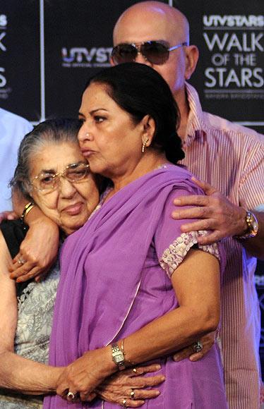 Shammi, Anju Mahendru and Rakesh Roshan