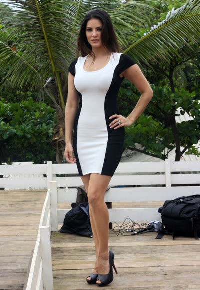 Sunny Leone on the sets of Jackpot