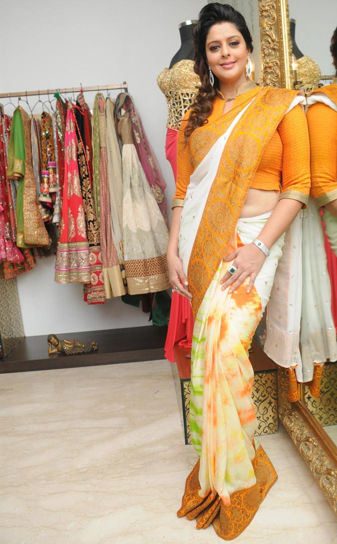 Independence Day Special: Nagma's patriotic hues - Rediff