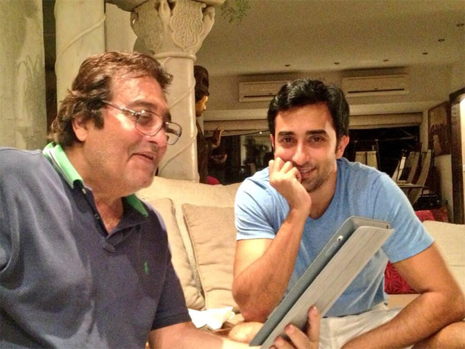 Vinod and Rahul Khanna