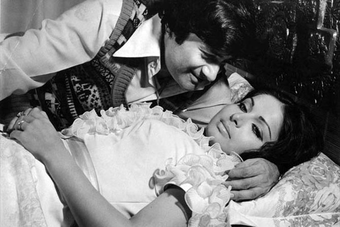 Raakhee and Dev Anand in Heera Panna