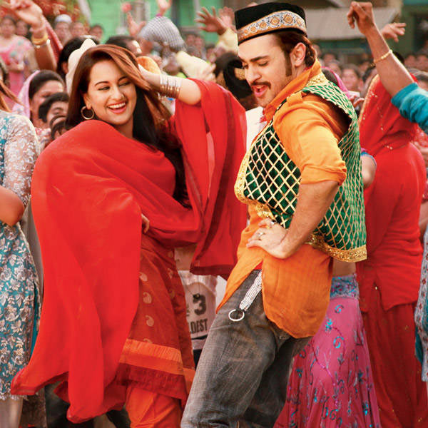 Sonakshi Sinha and Imran Khan in Once Upon A Time In Mumbai Dobaara