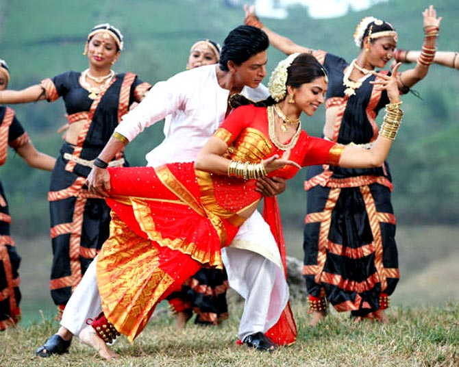 Shah Rukh Khan and Deepika Padukone in the song Titli in Chennai Express. Inset: Chinmayi Sripada