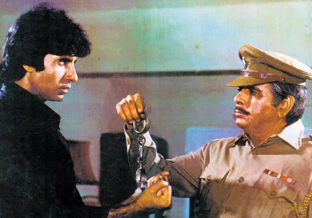 Dilip Kumar and Amitabh Bachchan in Shakti