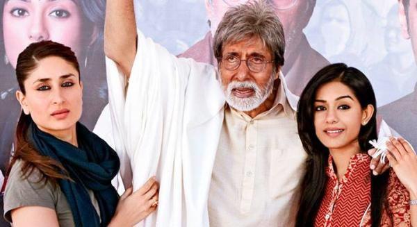 Kareena Kapoor, Amitabh Bachchan and Amrita Rao in Satyagraha