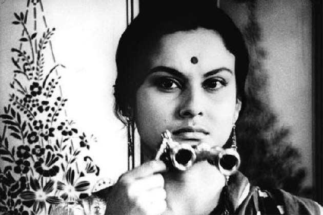 Madhabi Mukherjee in Charulata