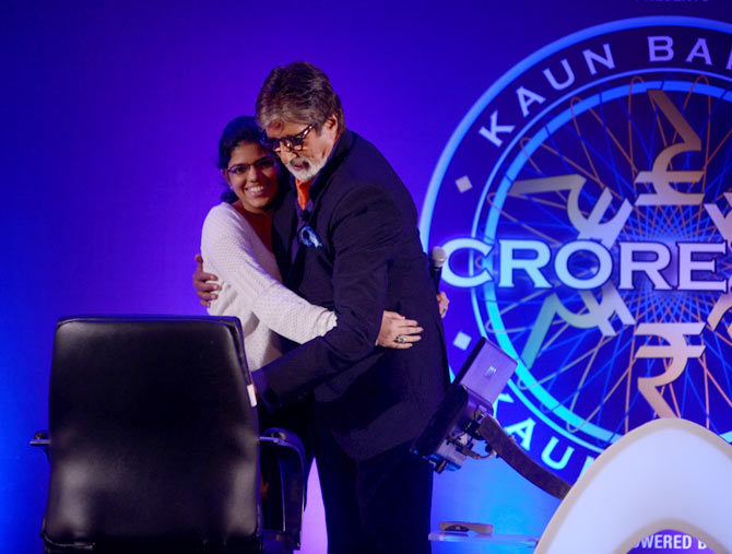 Amitabh Bachchan with the contestant