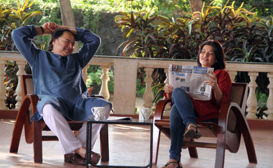 Sarika and Farooque Shaikh in Club 60