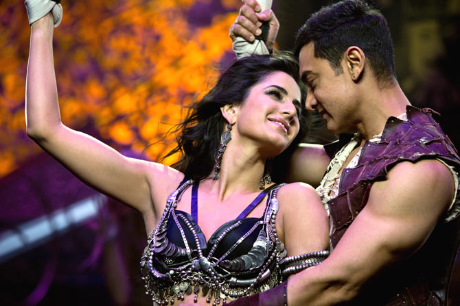 Aamir Khan and Katrina Kaif in Malang from Dhoom 3