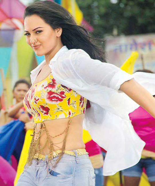 Sonakshi Sinha in Oh My God