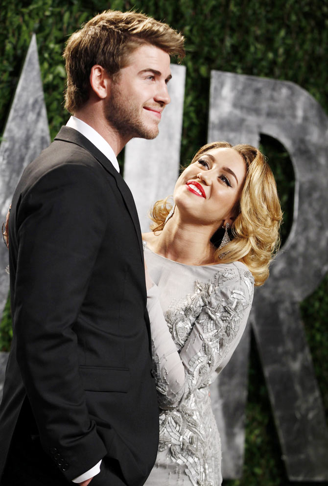 Miley Cyrus, Liam Hemsworth to marry in Las Vegas?