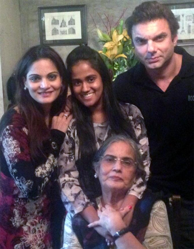 Alvira, Arpita, Sohail and Salma Khan