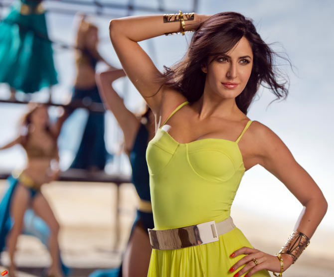 Katrina Kaif in Dhoom Machale song from Dhoom 3