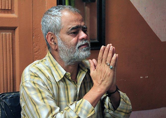 Sanjay Mishra in Ankhon Dekhi