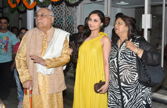Rani Mukerji with her parents