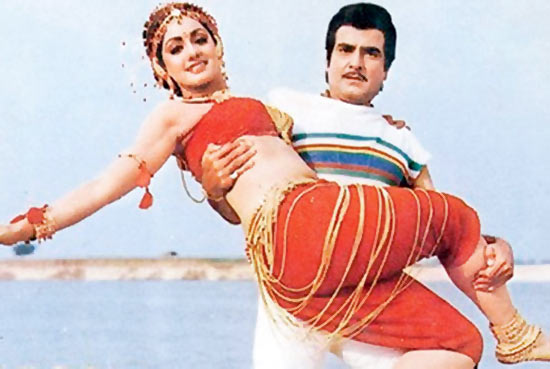 Jeetendra and Sridevi in Himmatwala