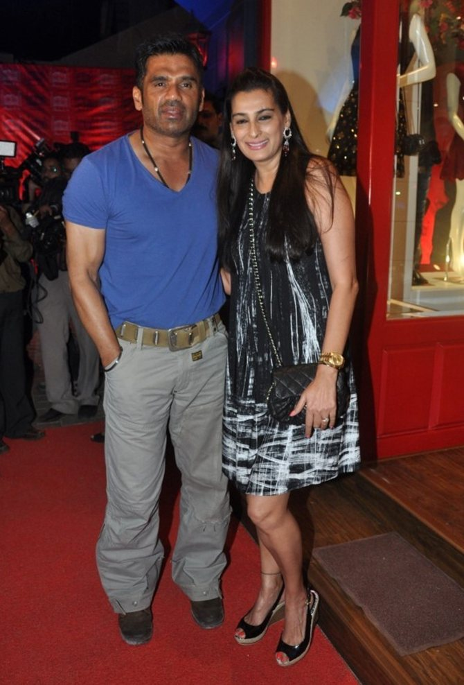Sunil and Mana Shetty