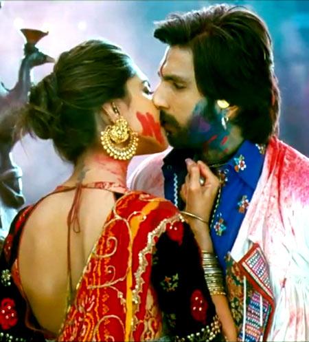 Ranveer Singh and Deepika Padukone in Goliyon Ki Raas Leela-Ram Leela