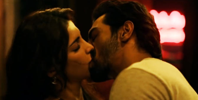 Arjun Rampal and Shruti Haasan in D-Day