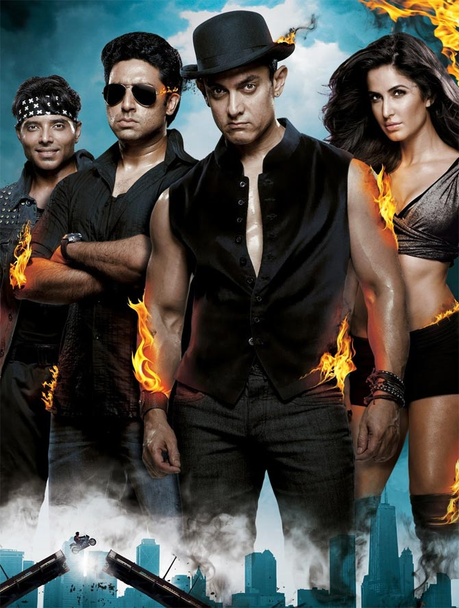 Current Bollywood News & Movies - Indian Movie Reviews, Hindi Music & Gossip - Amitabh Bachchan: Dhoom 3 is SPECTACULAR