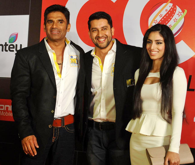 Suniel Shetty, Aftab Shivdasani and Nin Dusanj