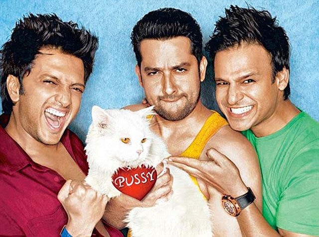 Ritesh Deshmukh, Aftab Shivdasani and Vivek Oberoi in Grand Masti