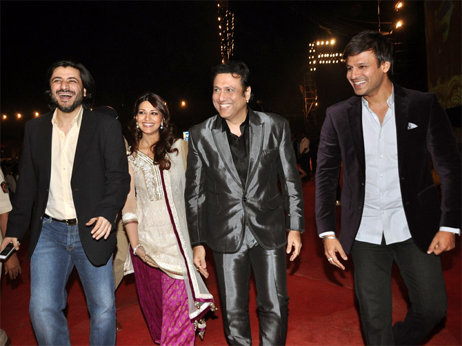 Govinda with Goldie Behl, Sonali Bendre and Vivek Oberoi