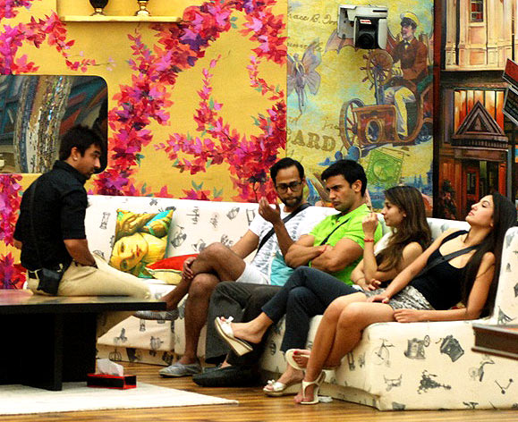 Ajaz, Andy, Sangram, Tanisha and Gauahar in Bigg Boss