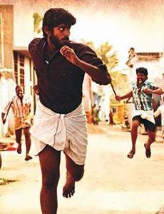 A scene from Madha Yaanai Koottam