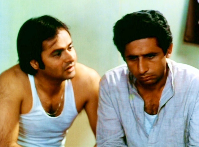 Farooque Sheikh and Naseeruddin Shah in Katha