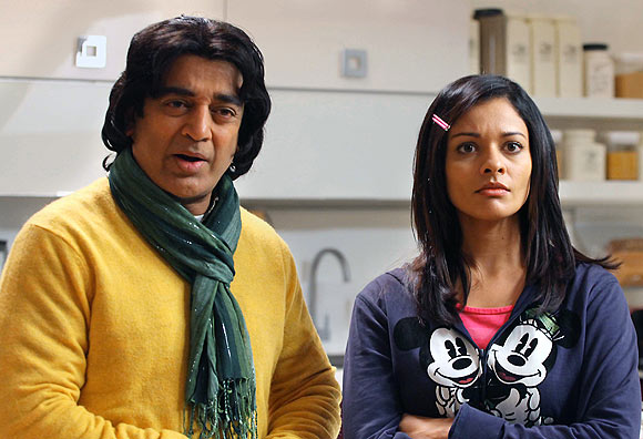Kamal Haasan and Pooja Kumar in Vishwaroopam