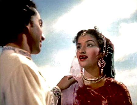 Gopi Kishen and Sandhya in Jhanak Jhanak Payal Baaje