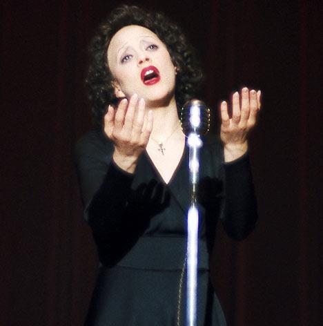 Marion Cotillard in La Vie En Rose