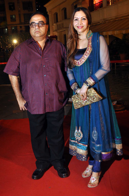 Rajkumar Santoshi with wife Manila