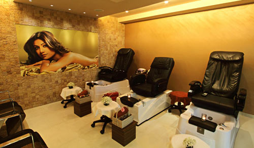 Iosis Spa and Wellness Centre in Bandra. Inset: Shilpa Shetty