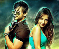 Vivek Oberoi and Neha Sharma in Jayanthabhai Ki Luv Story