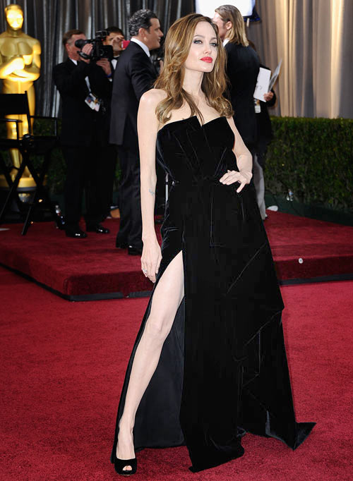Angelina Jolie at the 2012 Oscars